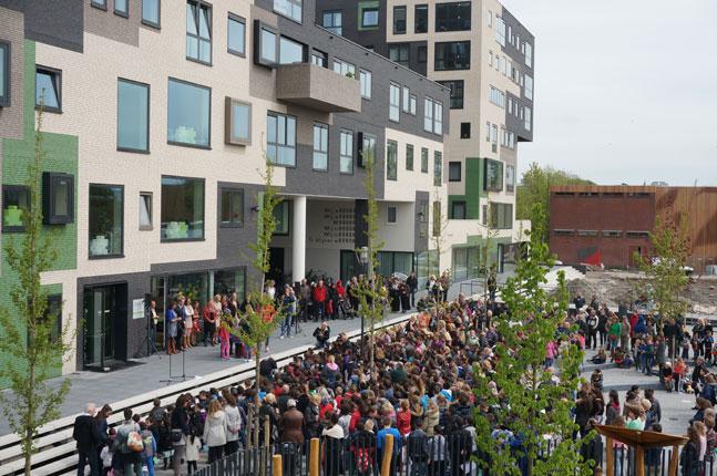 Het-Gebouw_Opening_VenhoevenCS