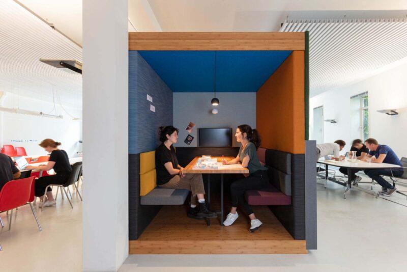 HABU - modular office hubs 32